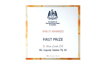 Award Seal; IT Awards 1998 First Prize for Simple Fund; Ron Lesh, BGL Founder and Managing Director.